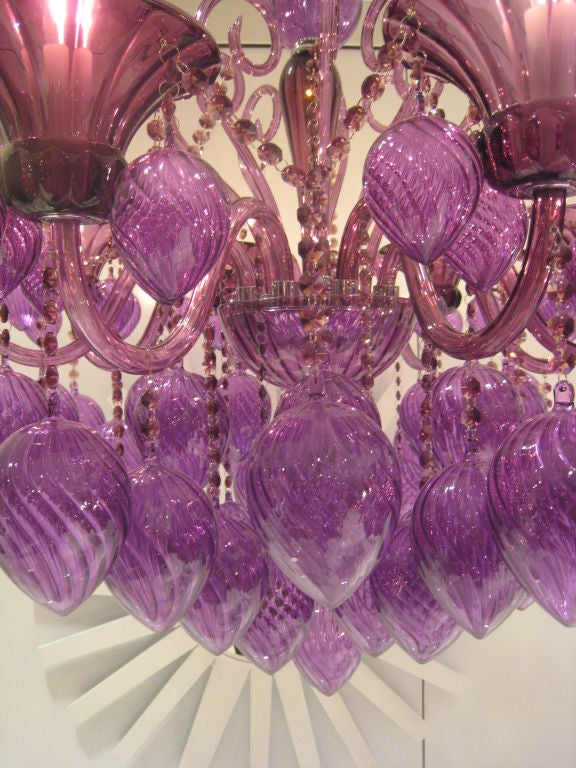 Unknown Pair of Italian Mid-Century Style Murano Glass Chandeliers For Sale