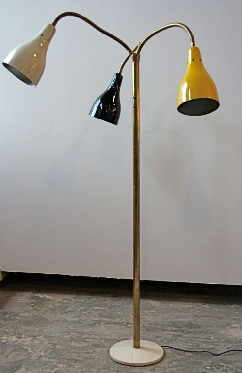Mamma mia! Arteluce at its finest! And it bends...what more could you want of a floorlamp????