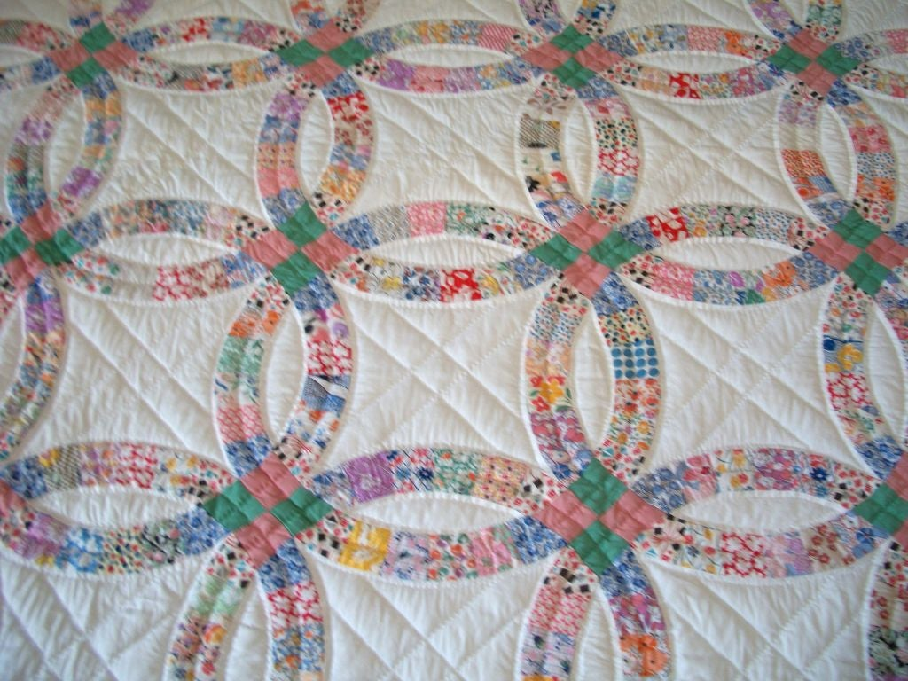 20th C Pennsylvania Double Wedding Ring Quilt Pastel