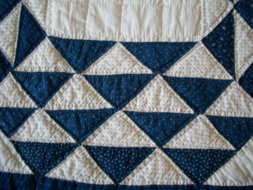 19THC BLUE & WHITE OCEAN WAVES QUILT image 2
