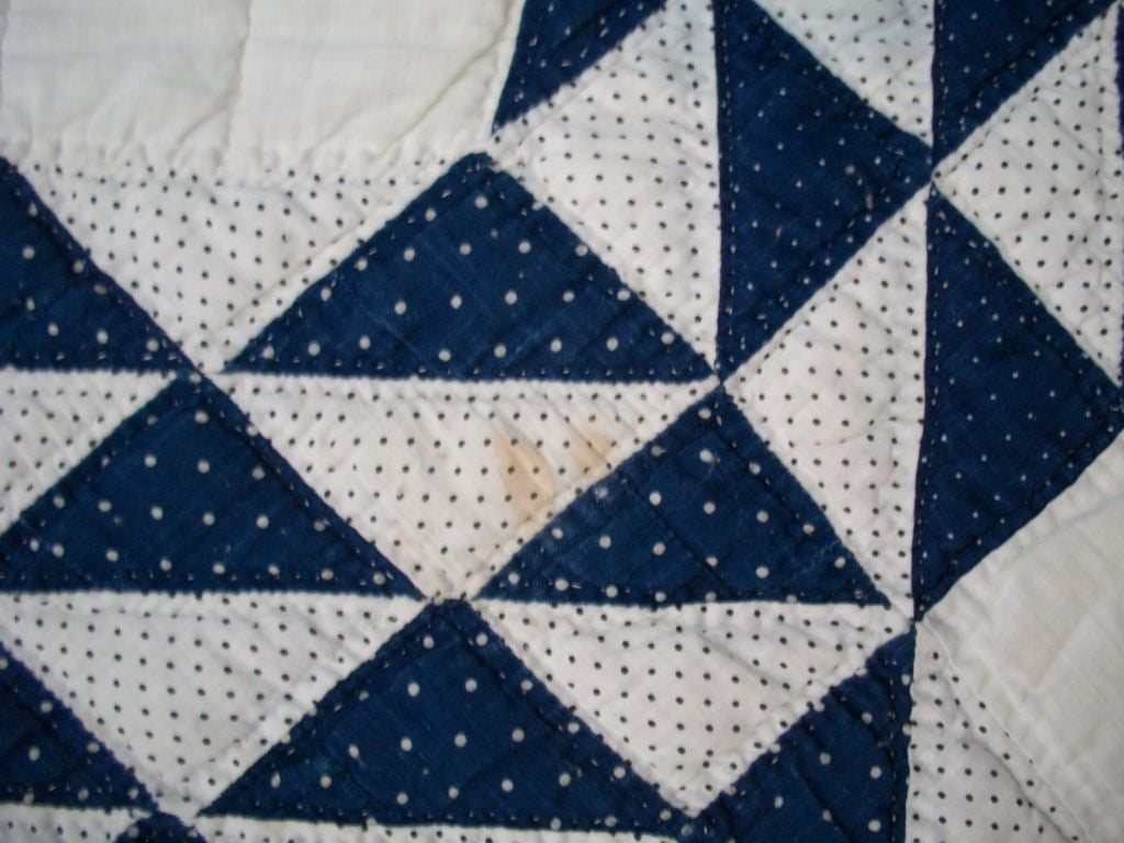 19THC BLUE & WHITE OCEAN WAVES QUILT image 4