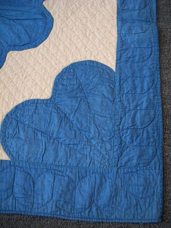 20TH C.  COTTON SATEEN APPLIQUE QUILT/BLUE & CREAM image 3