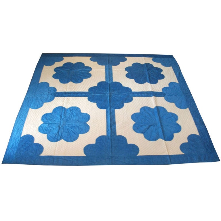 20TH C.  COTTON SATEEN APPLIQUE QUILT/BLUE & CREAM