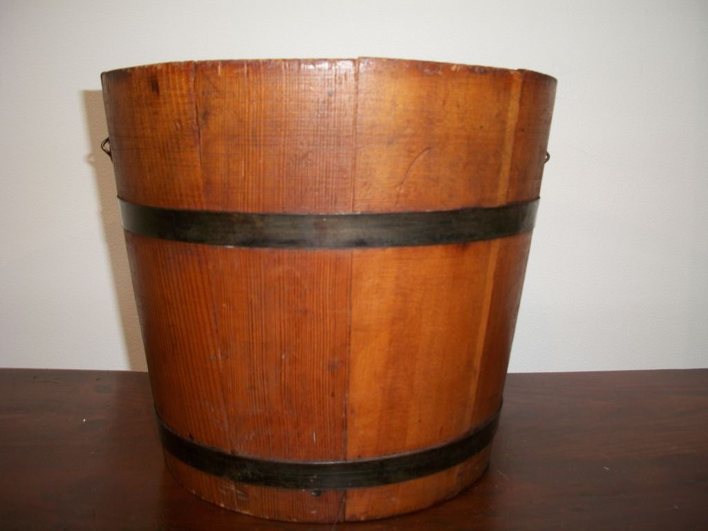 19TH C. WOODEN WATER BUCKET at 1stdibs