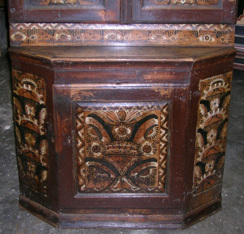 Swedish Buffet Painted, 1804 In Excellent Condition For Sale In Los Angeles, CA