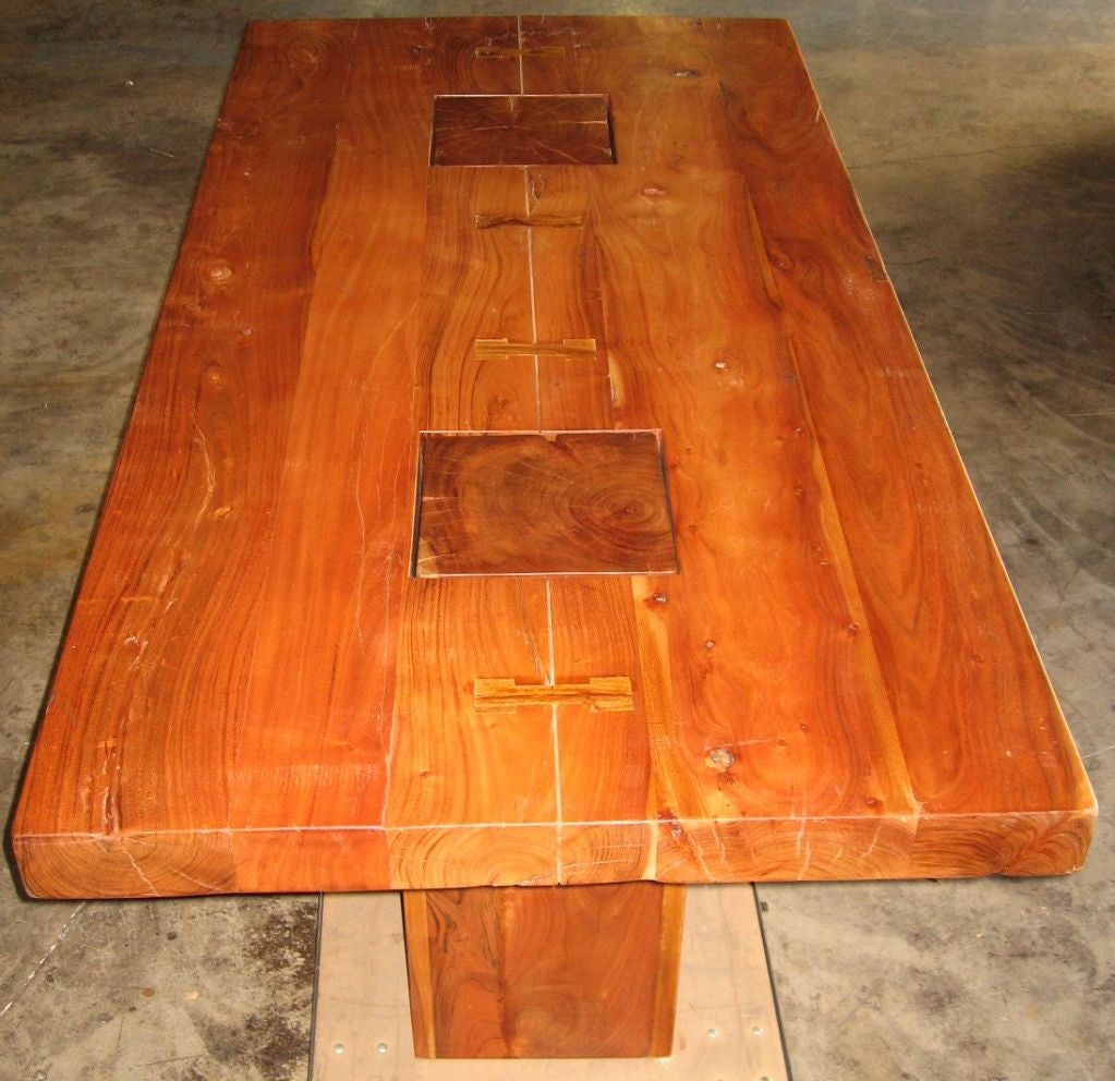 amazing wooden dining table at 1stdibs. Black Bedroom Furniture Sets. Home Design Ideas