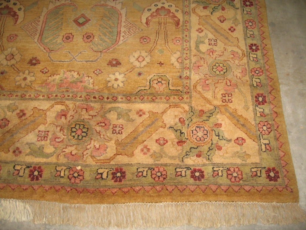 Superb Indian Motif Wool Rug At 1stdibs