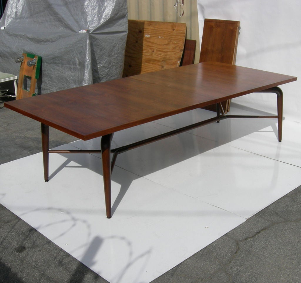 Expanding Conference Or Dining Table By Monteverde Young At Stdibs - Expanding conference table