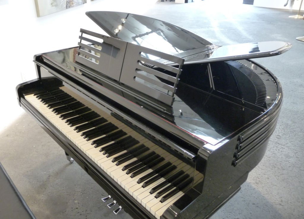art deco black lacquered wurlitzer butterfly piano at 1stdibs. Black Bedroom Furniture Sets. Home Design Ideas