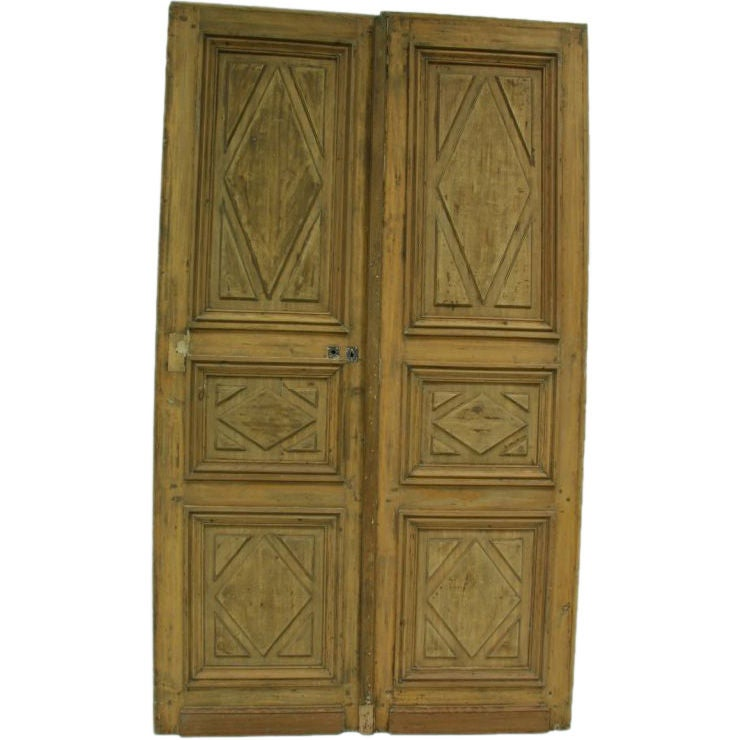 18th century french pine entry doors at 1stdibs for 4ft french doors exterior