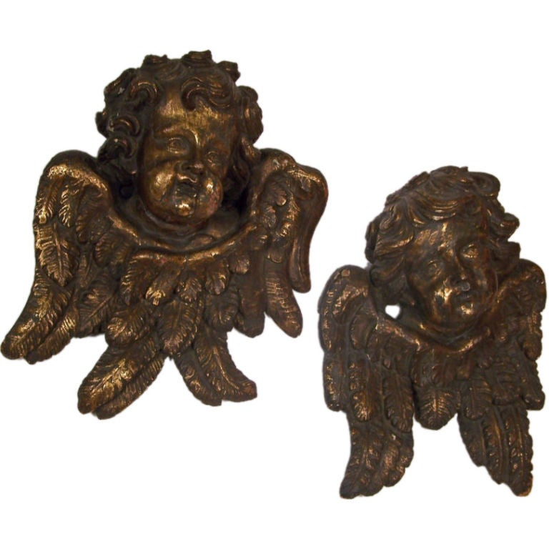 Large Baroque Carved and Gilt Wood Angels, Italian 18th Century For Sale