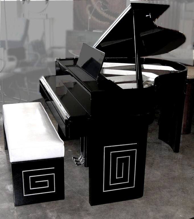 custom designed art deco russel wright piano for wurlitzer at 1stdibs. Black Bedroom Furniture Sets. Home Design Ideas