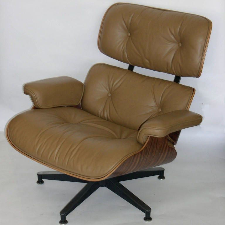 original eames 670 lounge chair and 671 ottoman in camel. Black Bedroom Furniture Sets. Home Design Ideas