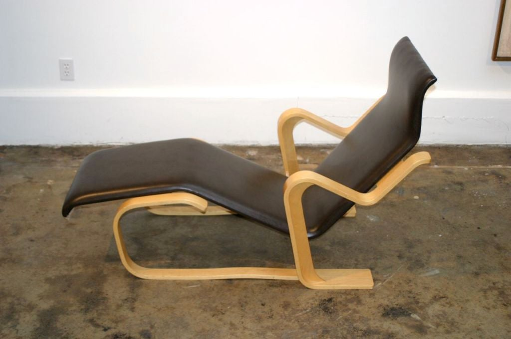 marcel breuer for knoll chaise at 1stdibs
