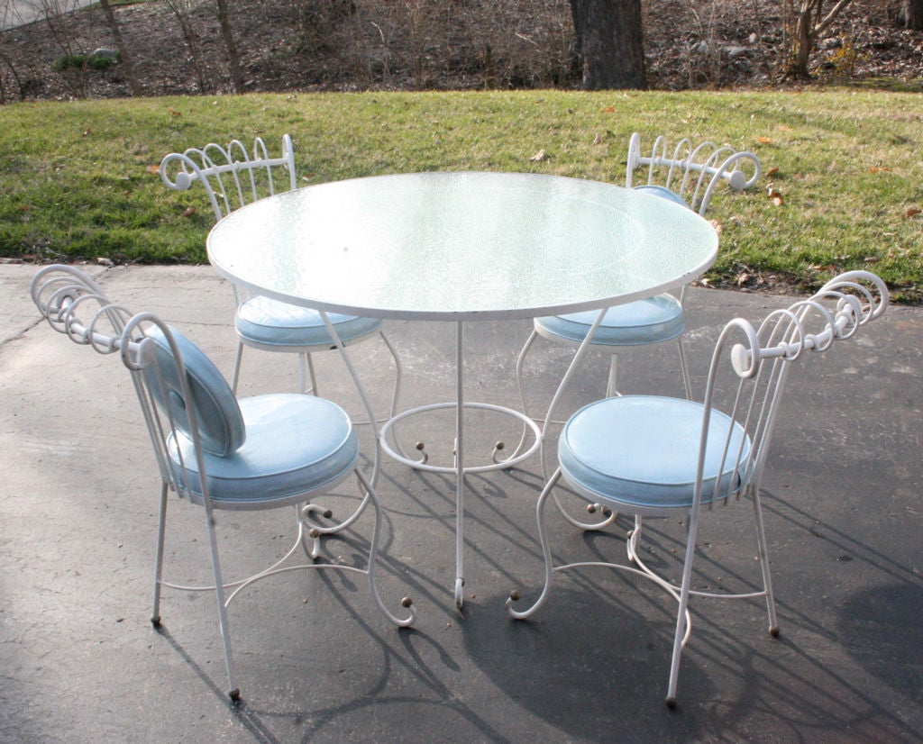 Dorothy draper style 1940s wrought iron patio set for sale for Metal patio sets for sale