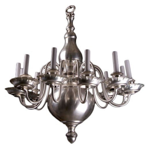 12 Light Williamsburg Style Chandelier At 1stdibs