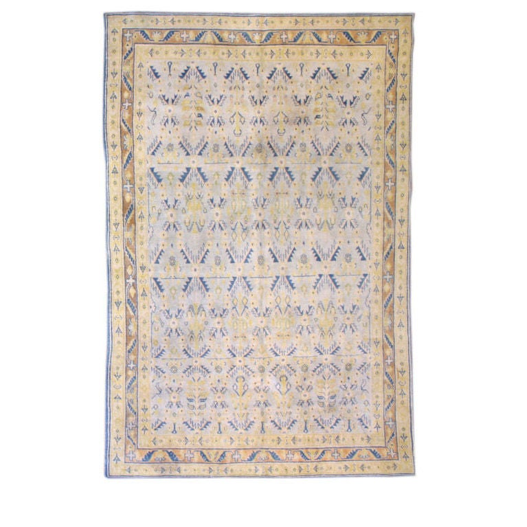 Indian Agra Area Rug At 1stdibs