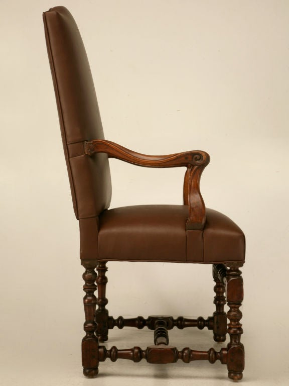 Restored 18th C. Antique French Leather Throne Chair For Sale 4