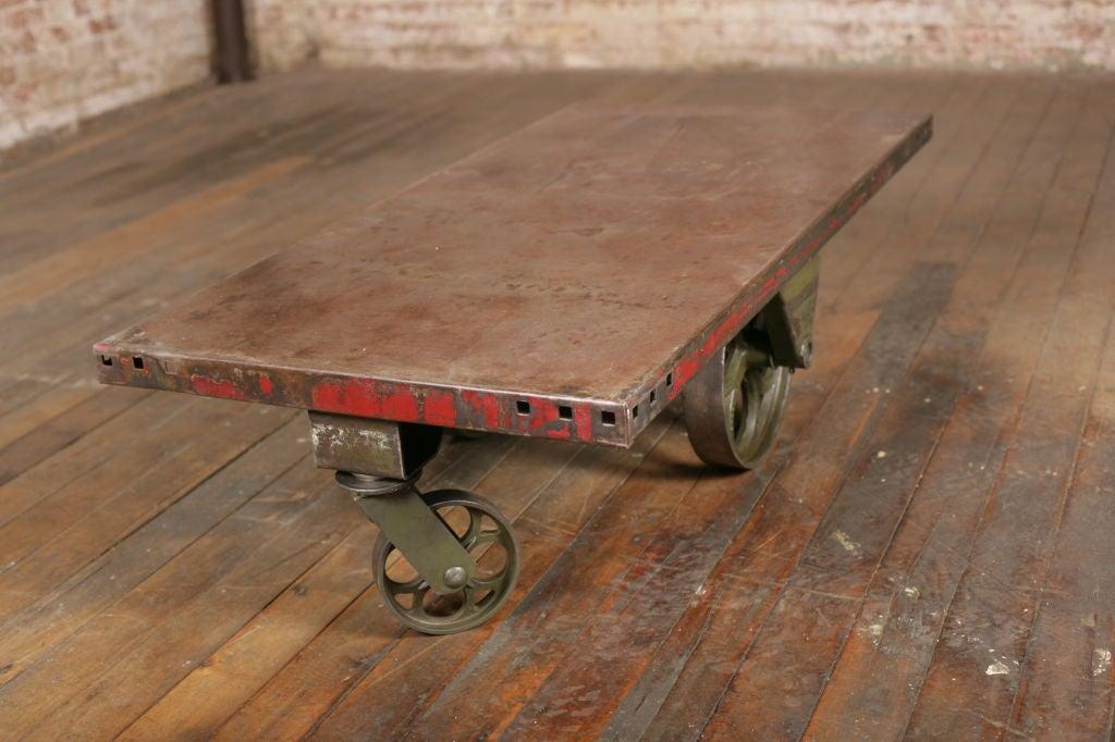 vintage industrial all metal wheeled cart coffee table at 1stdibs. Black Bedroom Furniture Sets. Home Design Ideas