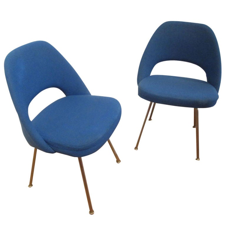 Pair Of Executive Side Chairs By Eero Saarinen For Knoll