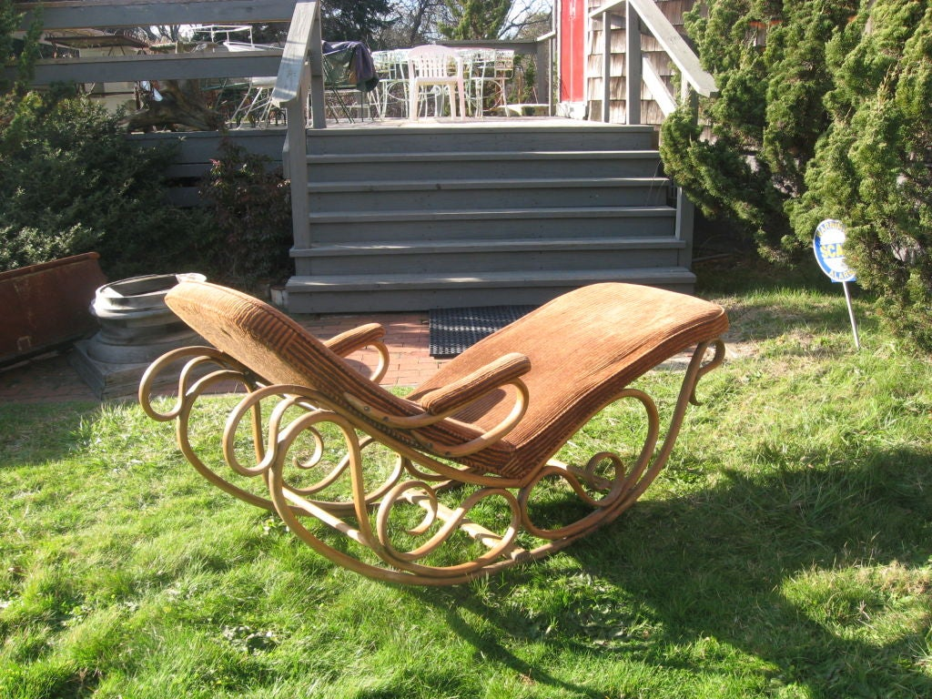 19thc Bentwood Lounge Chair by Thonet image 2