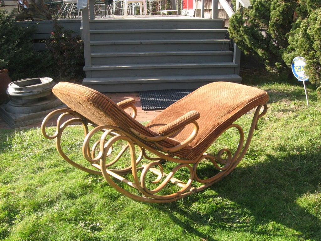19thc Bentwood Lounge Chair by Thonet image 5