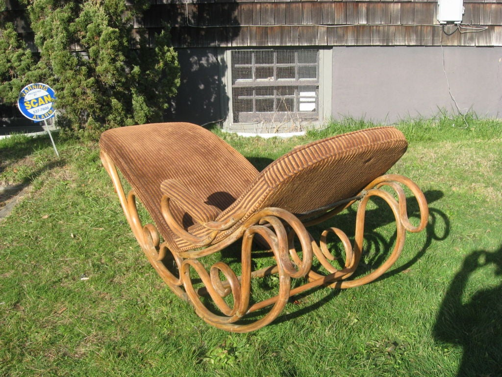 19thc Bentwood Lounge Chair by Thonet image 3