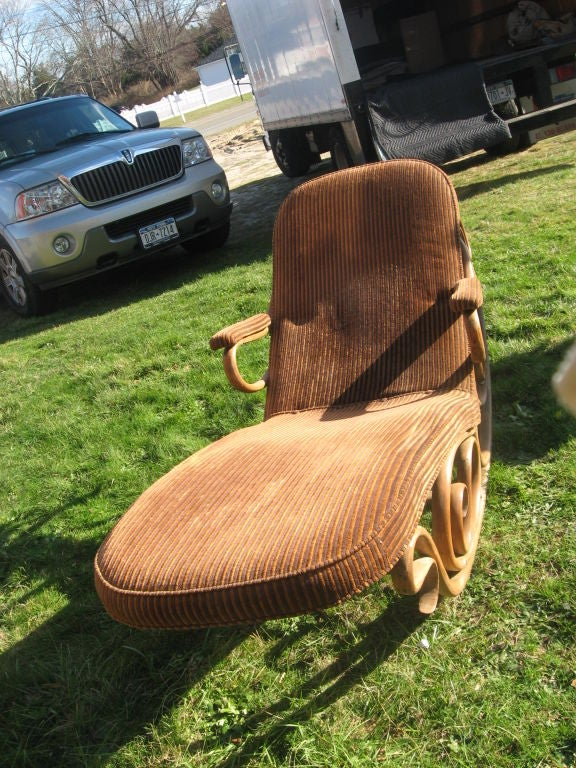 19thc Bentwood Lounge Chair by Thonet image 4