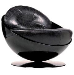 Revolving Esfera Armchair by Ricardo Fasanello