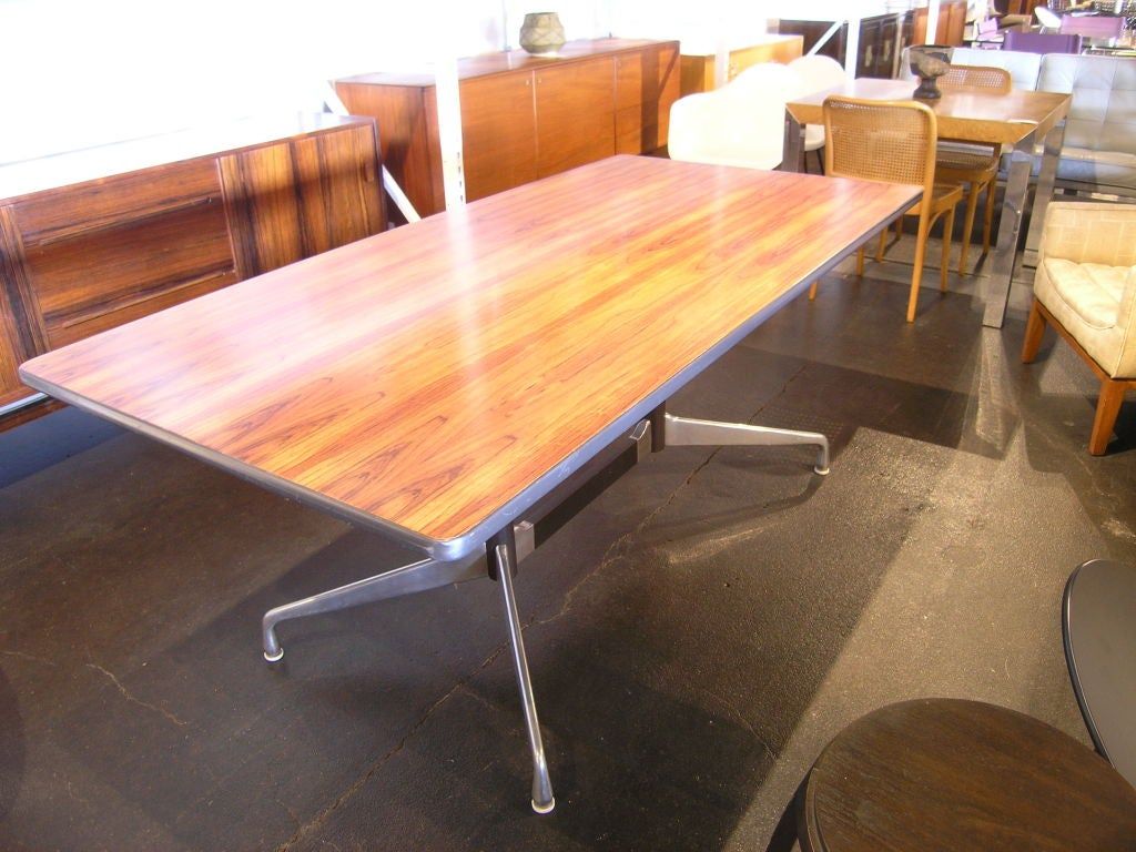 rare rosewood table by charles eames for herman miller at 1stdibs. Black Bedroom Furniture Sets. Home Design Ideas
