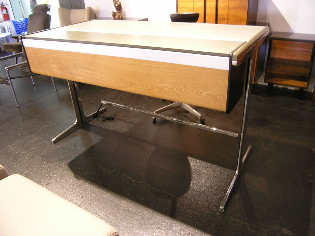 Action office 1 desk by george nelson for herman miller at 1stdibs - Herman miller office desk ...