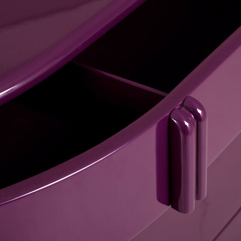Rare Purple Lacquered Air Flow Chest of Drawers, 1930s 4