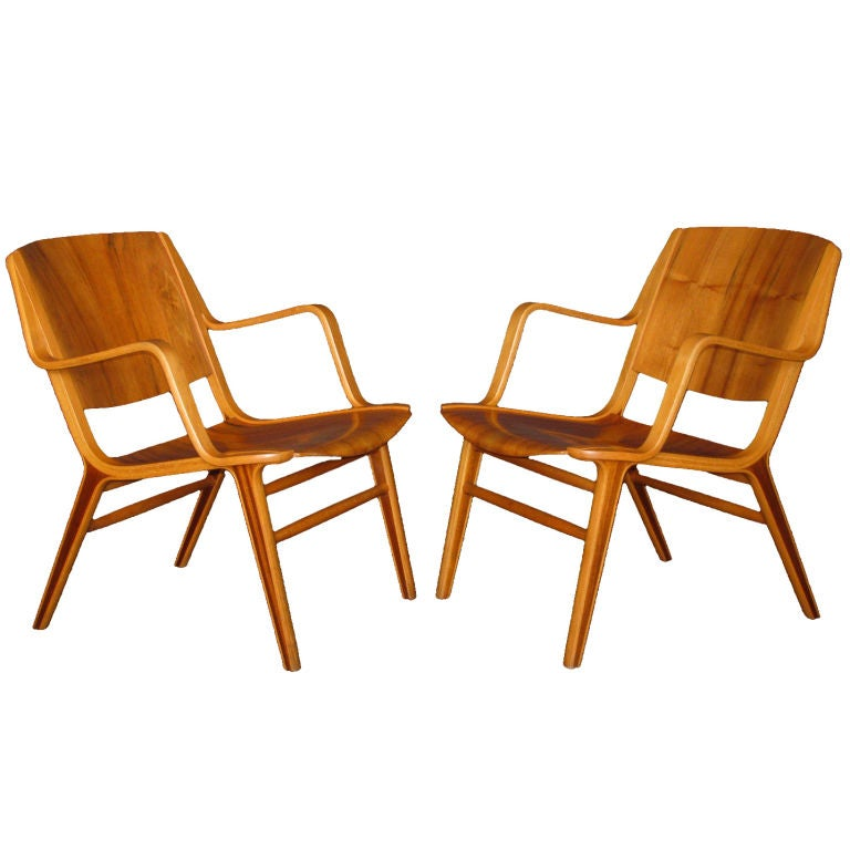 A Pair Of Peter Hvidt Ax Lounge Chairs At 1stdibs