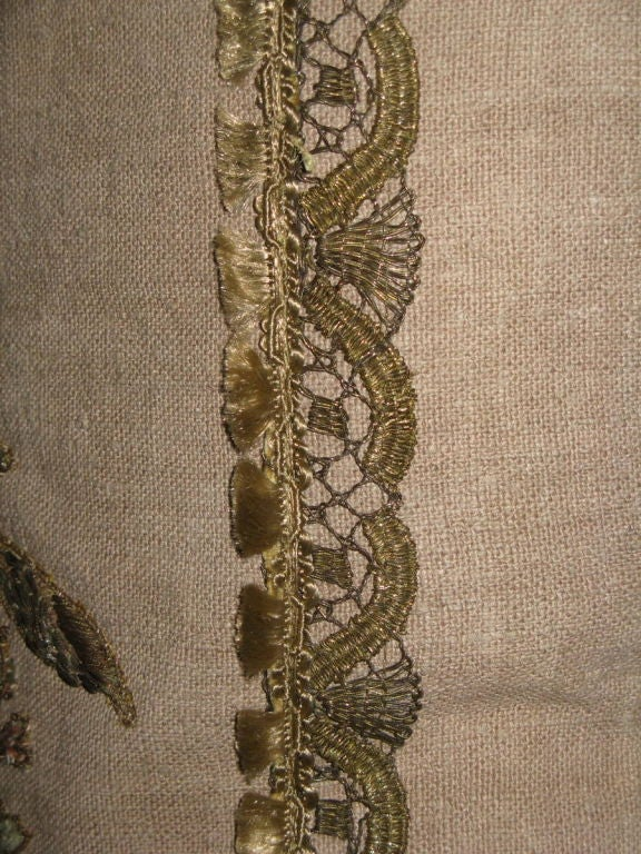Pair of 19th C French Appliqued Linen Pillows For Sale 2