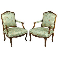 Pair of Louis XV Walnut Fauteuil a la Reine
