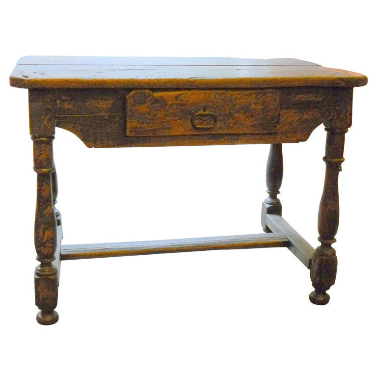 french louis xiii table at 1stdibs. Black Bedroom Furniture Sets. Home Design Ideas