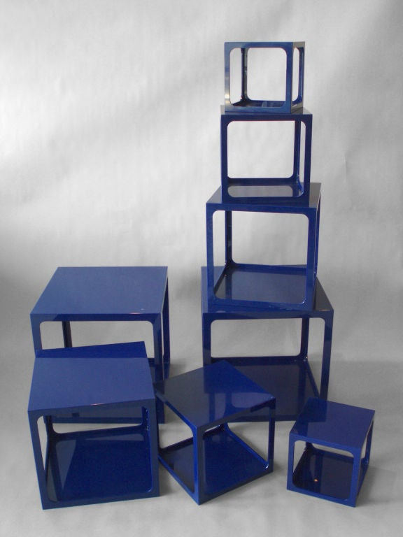 Pair of blue acrylic nesting tables by alessandro albrizzi - Table gigogne plexi ...