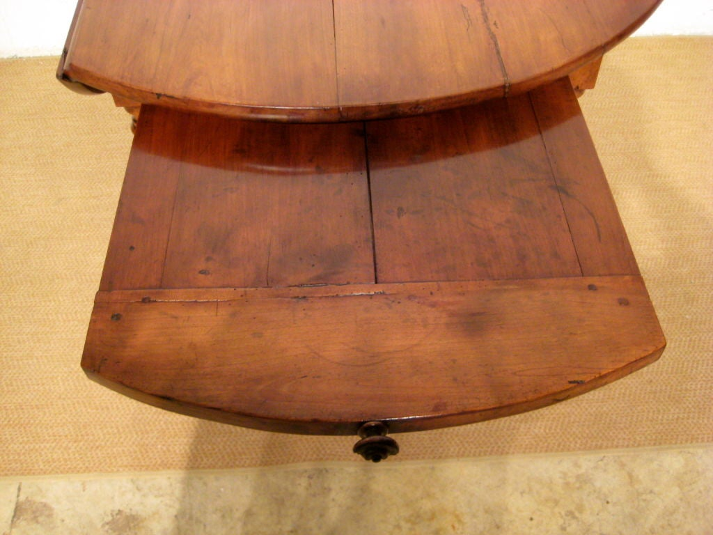 French louis philippe round table at 1stdibs for Table ronde louis philippe