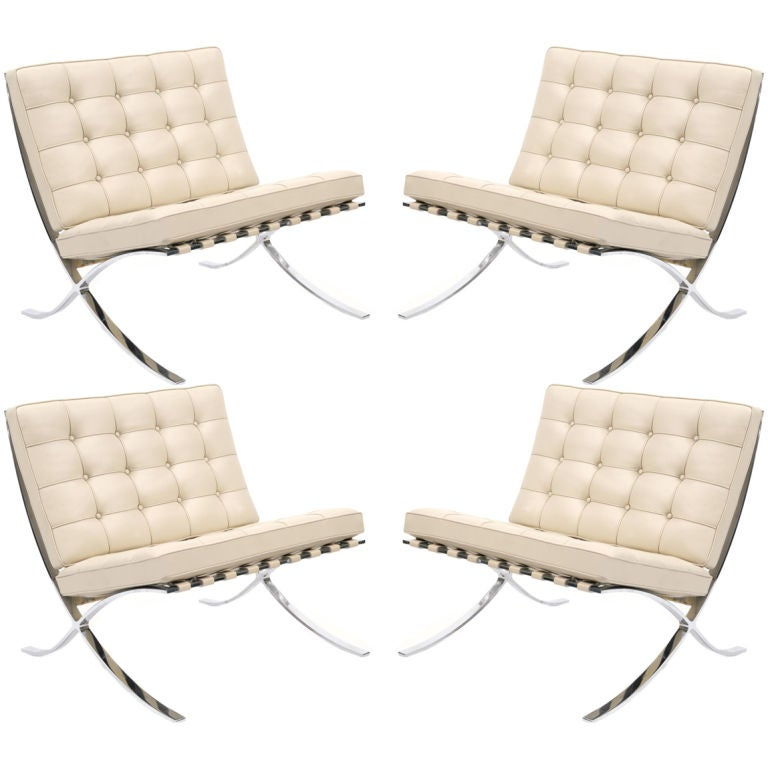 4 barcelona chairs by knoll at 1stdibs. Black Bedroom Furniture Sets. Home Design Ideas