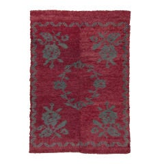 """Tulu"" Rug with Flowers"