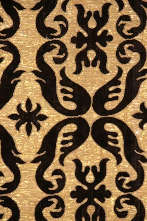 Antique Portuguese Textile In Good Condition For Sale In Austin, TX