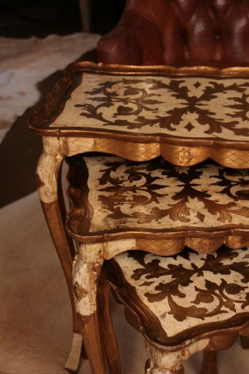 Set of Venetian Gold Leafed Nesting Tables 10