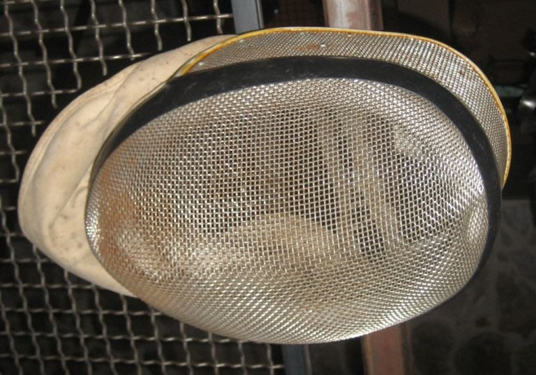 Vintage Fencing Mask In Good Condition For Sale In Yountville, CA
