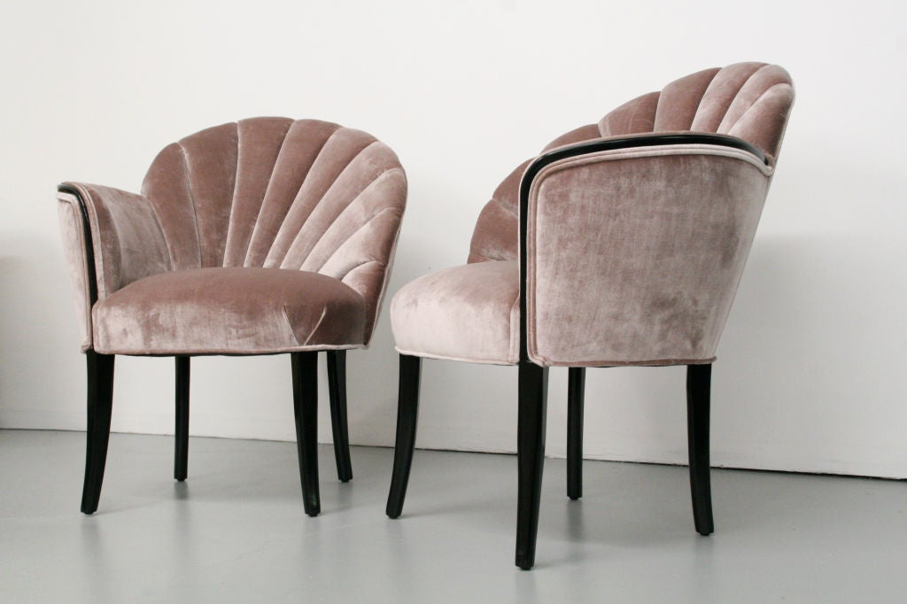 pair of 1920 39 s art deco shell back boudoir chairs at 1stdibs. Black Bedroom Furniture Sets. Home Design Ideas