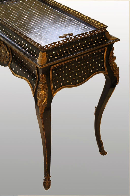Napoleon iii metamorphic jardiniere table at 1stdibs for Jardiniere napoleon 3