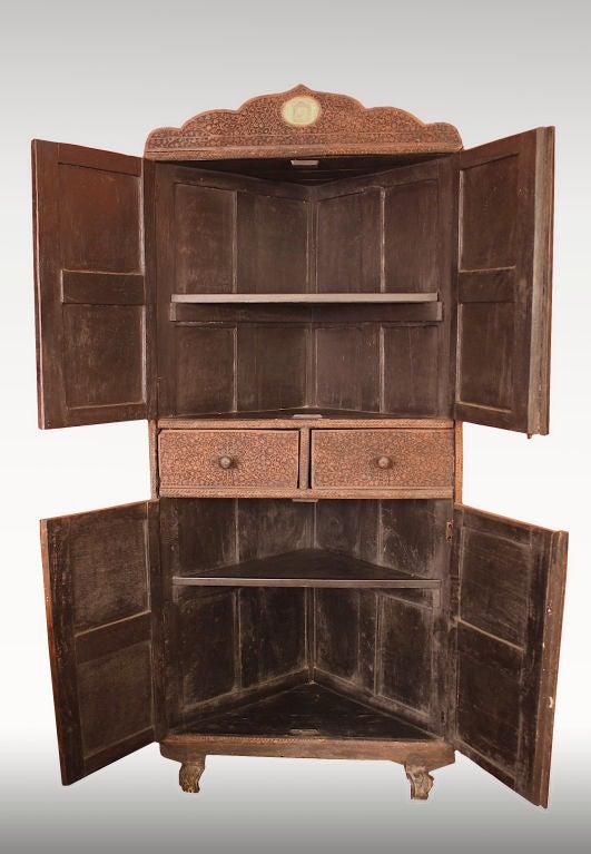 Anglo-Indian Indian Brahmin Plaqued Vine-Carved Corner Cabinet For Sale