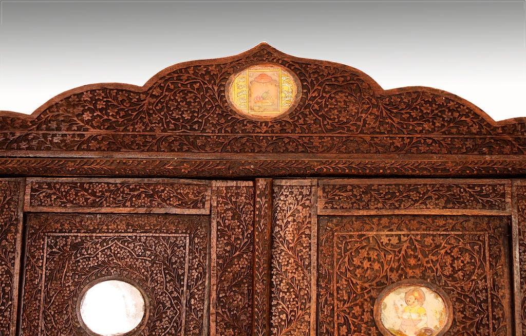 Indian Brahmin Plaqued Vine-Carved Corner Cabinet For Sale 5