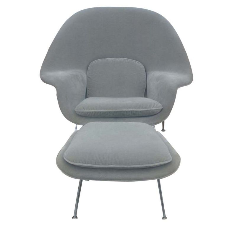 A Classic Of Mid Century Modern Design, The Womb Chair And Ottoman Were  Originally Designed. American Eero Saarinen For Knoll ...
