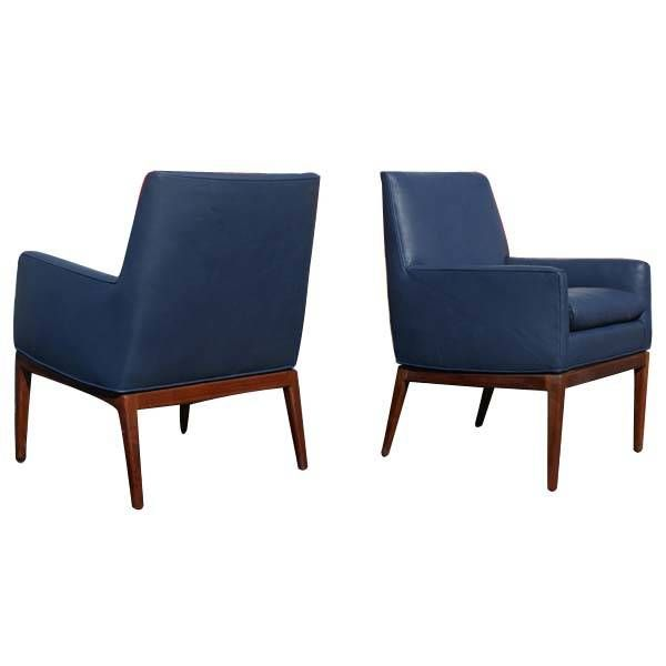 pair of jens risom leather and walnut lounge chairs at 1stdibs