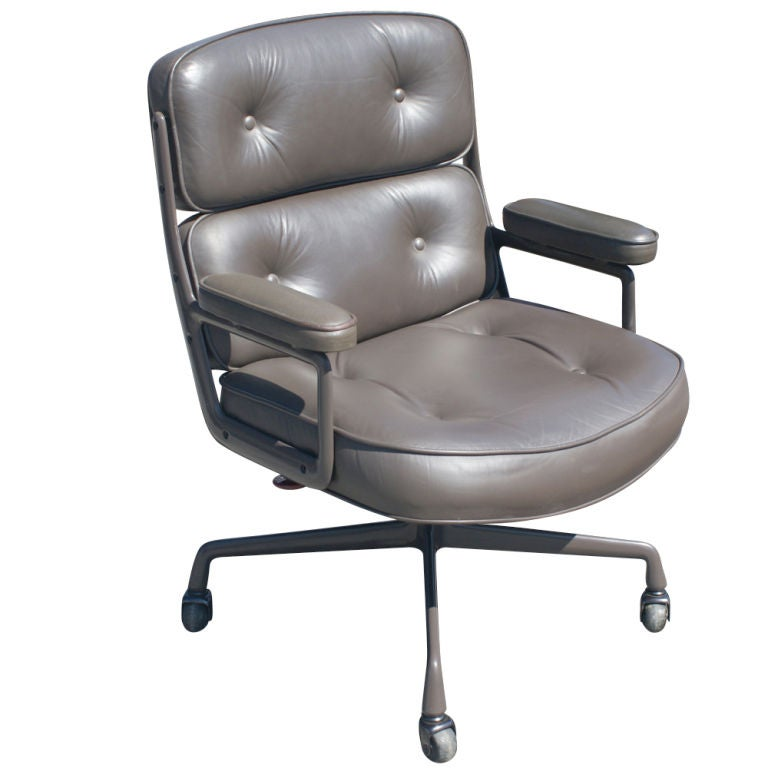 1 Eames Executive Time-Life Chairs for Herman Miller For Sale at ...